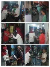 Penyerahan Bantuan Dari Tim Posko PPKM Mikro Kelurahan Bumijo Kepada Warga Terdampak Banjir Di RT 17 RW 05 Kelurahan Bumijo